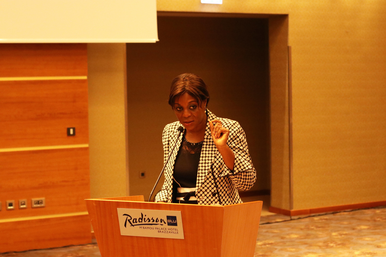 La Ministre Arlette Soudan Nonault exhorte le personnel au travail
