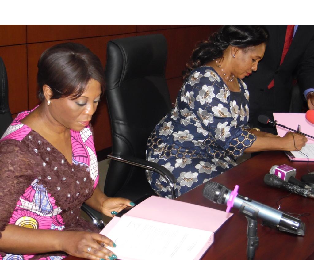 Ministère de l'environnement : Rosalie Matondo passe le témoin à Arlette Soudan Nonault